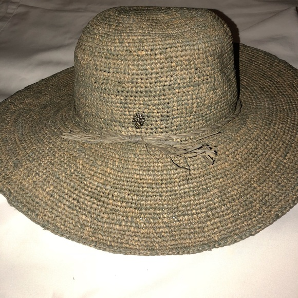 9398830f6388f Tommy bahama wide brim straw hat Nwot. M 5af7af9e5512fdb157dd8a40